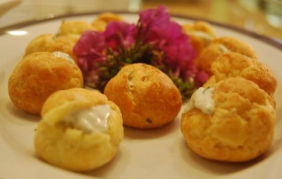 Remedial Entertaining: Cream Puffs