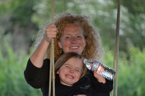 Dream of Becoming a Great Home Cook Came True: Swinging with my sweet little niece