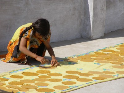 Making-papadums-in-Udaipur-India