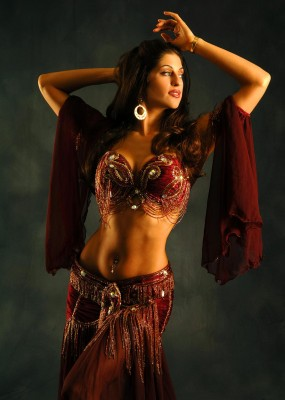belly dancer sadie
