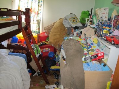 How To Stop Accumulating Clutter and Re-Start Your Dream