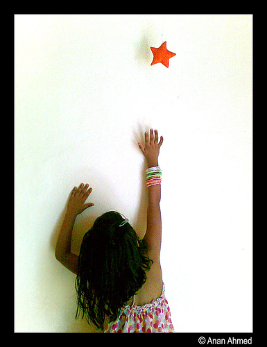 Dream Like an Olympian: Little girl reaching for star (Flickr)