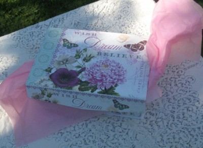We're Celebrating the 4th with Free Giveaways - The 8 Women Dream Giveaway