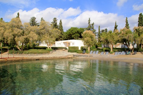 How to Plan your Dream Vacation in Crete - Bungalows at Minos Beach Hotel, Agios Nikolaos