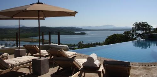 Monday Off at Casa Colina Mexico: Pool and View