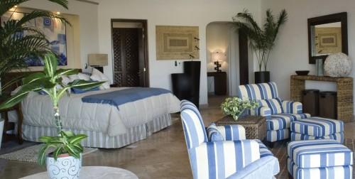 Monday Off at Casa Colina Mexico: Casa Laguna Suite