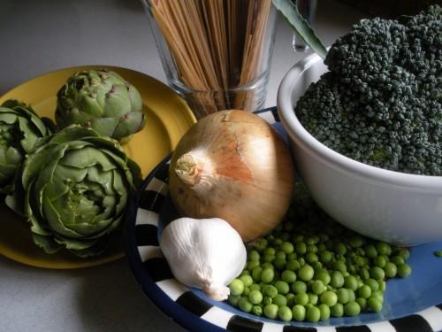 Making the Most of Seasonal Eating: Garden pasta ingredients