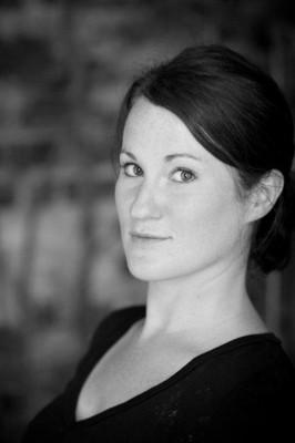Katie Eigel video blogger