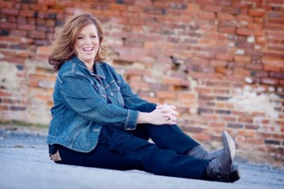 Motivational speaker Kelly Swanson helps people get back on life's yellow brick road