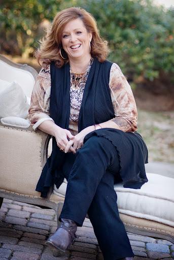 Motivational Speaker Kelly Swanson