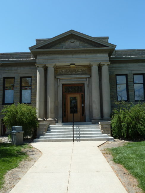 Dakota City Iowa: My Memoir Dreams And Synchronicity