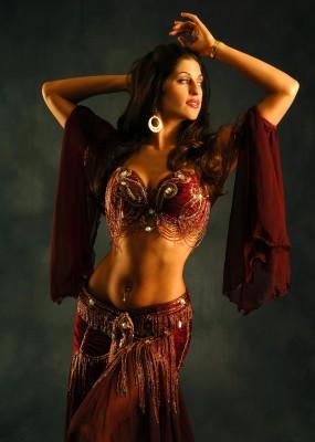 belly dancer sadie