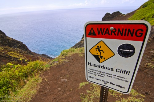 Live Your Dreams: Hazardous cliffs warning when i hiked the na pali coast trail