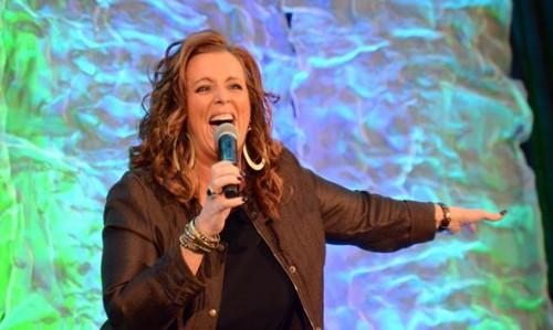 Motivational Speaker Kelly Swanson living her dream.