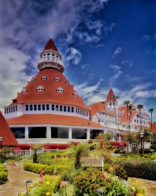 Don't Pick  a Dream that Force a Choice Between Who You Are and What You Love: Hotel Del Coronado San Diego